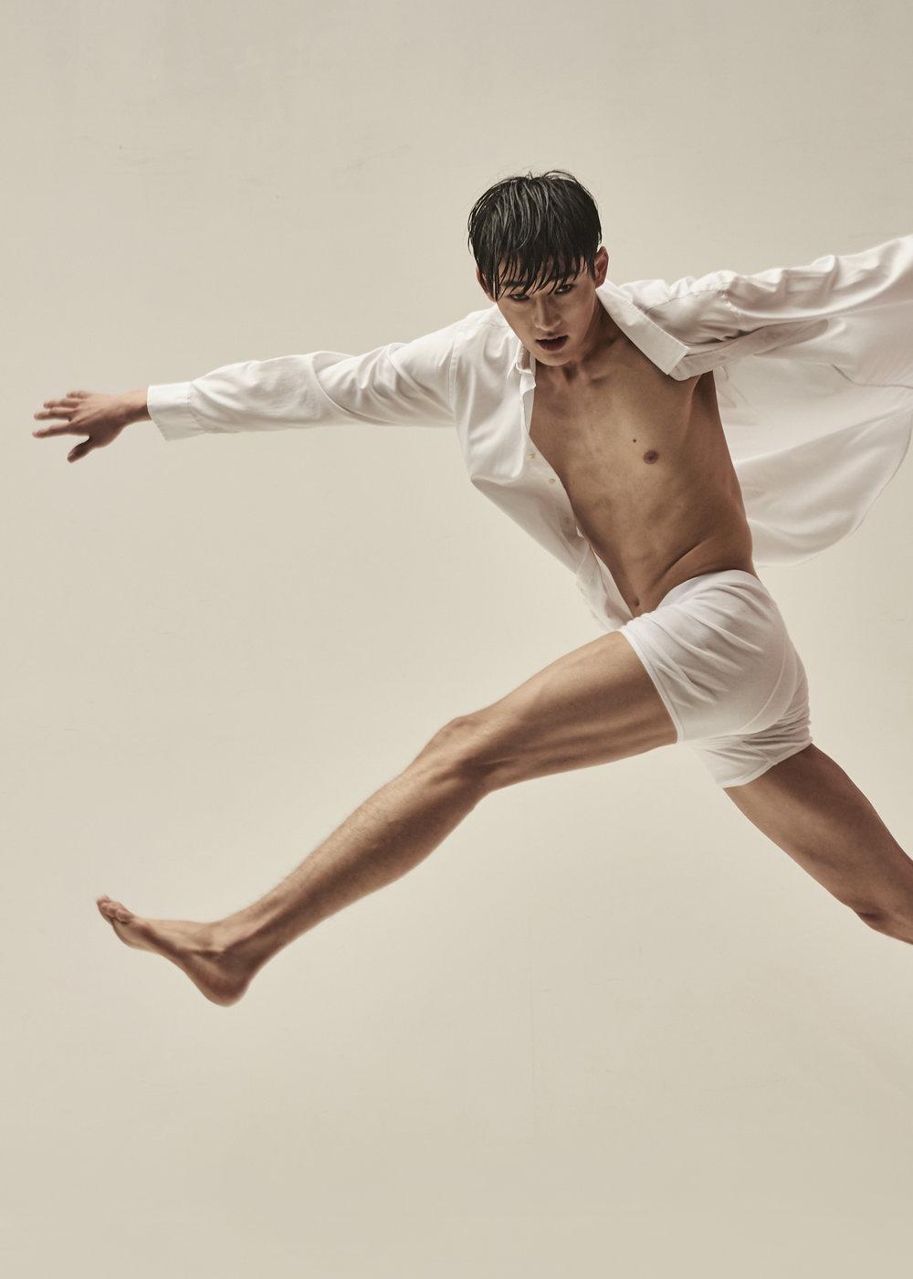 Model Hwang Sewoong @sw_hwangg  Makeup Jeong Hyeran @muaheran