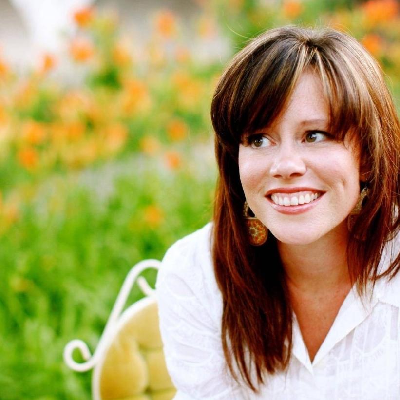 Sara Groves.jpg