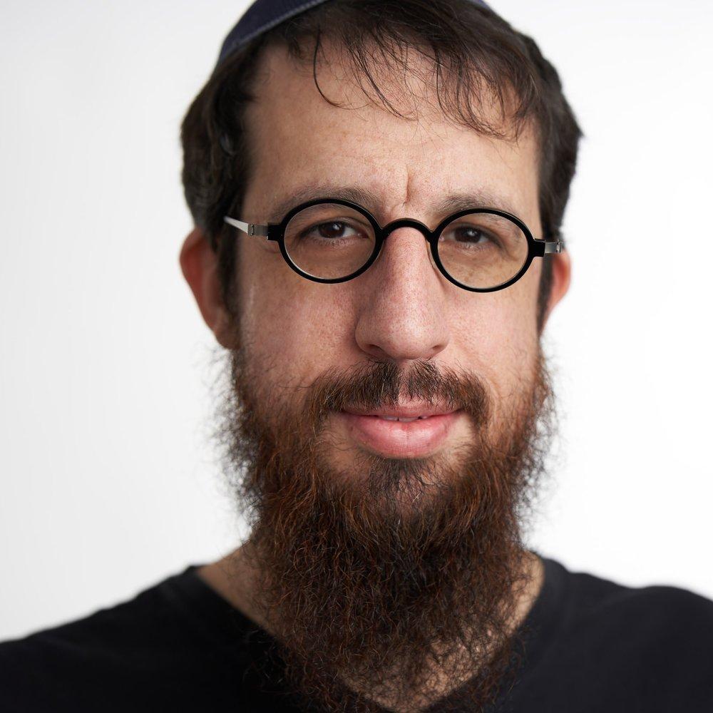Mendy Pellin - Script Writer