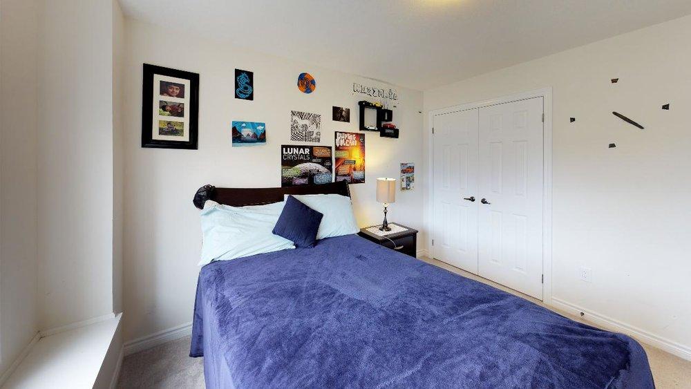 rkNQP8YuyZQ - Bedroom(5).jpg