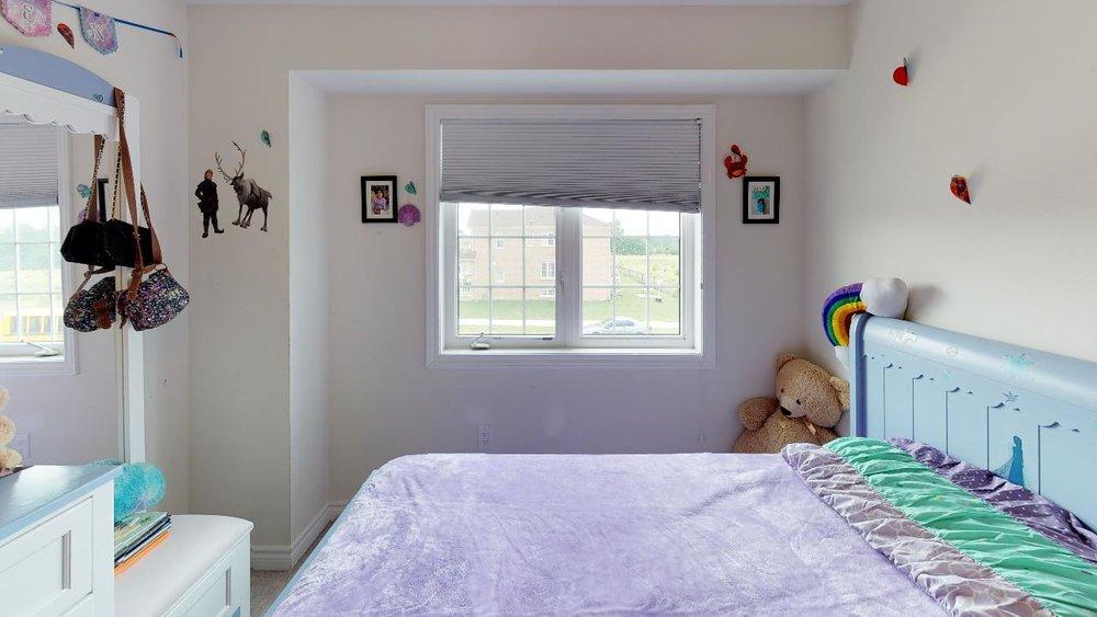 rkNQP8YuyZQ - Bedroom(7).jpg