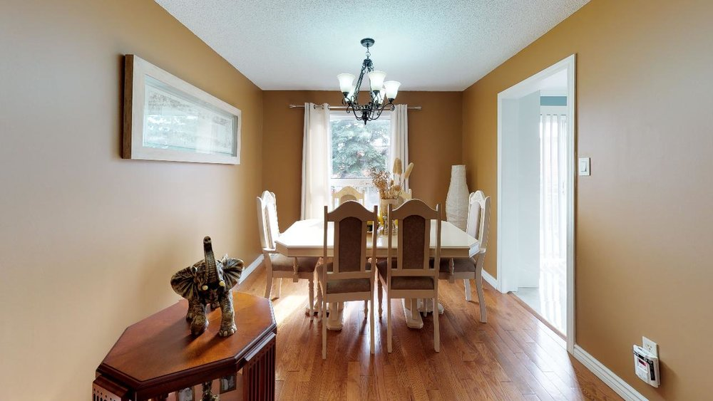 178-Richvale-Drive-South-Dining-Room(1).jpg
