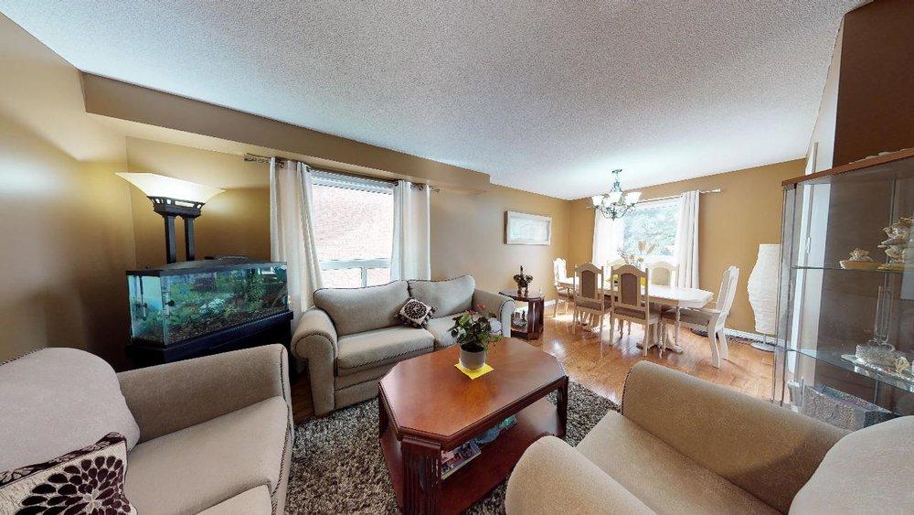178-Richvale-Drive-South-Living-Room.jpg