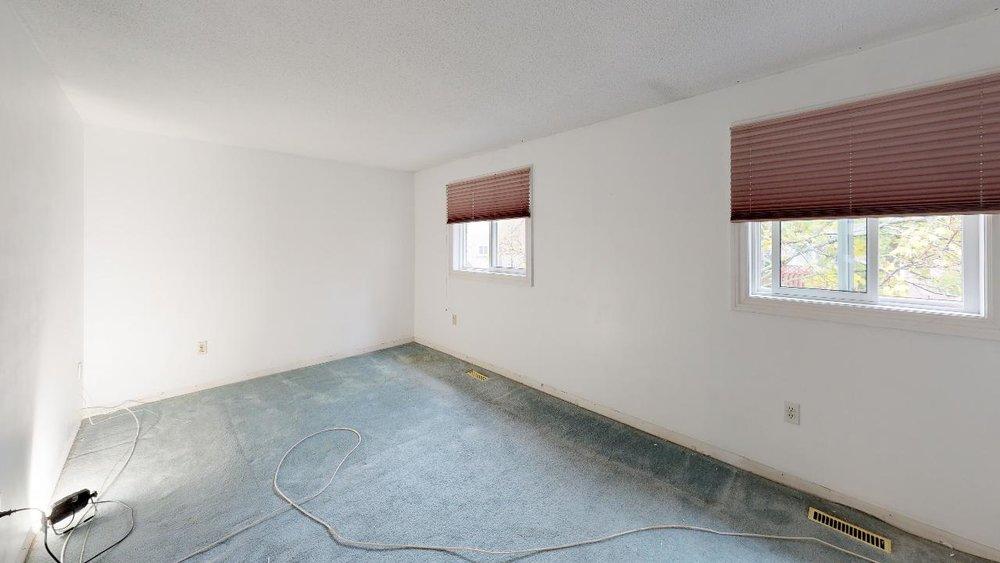 Pre-Reno-State-172-Radford-Drive-Master-Bedroom.jpg