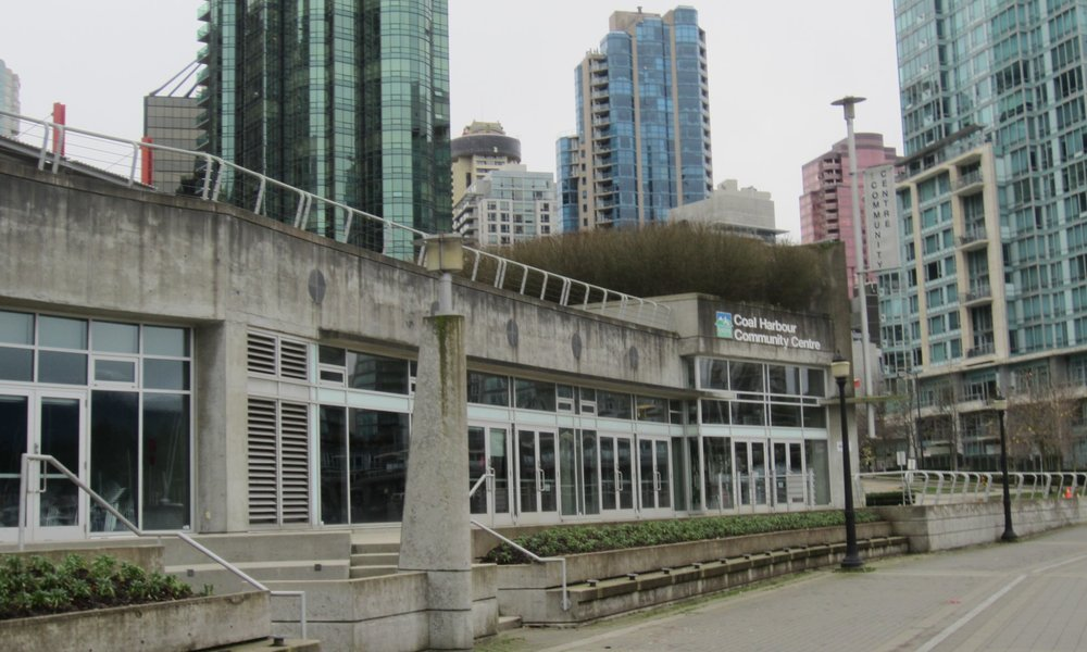 COAL HARBOUR CENTRE - LOCATION: VANCOUVERRECEPTION: 120  |  DINING: 85