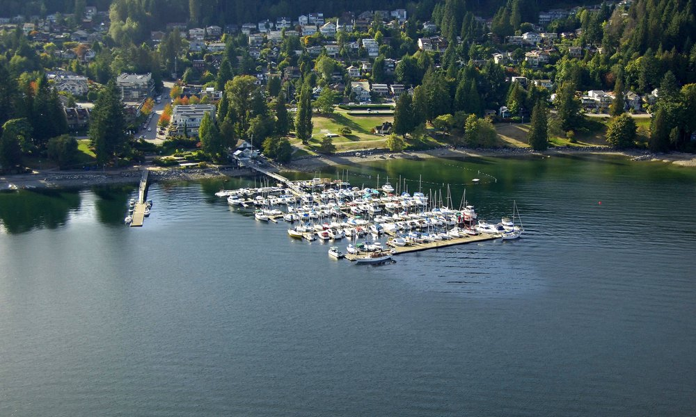 DEEP COVE YACHT CLUB  - LOCATION: NORTH VANCOUVERRECEPTION: 100  |  DINING: 85