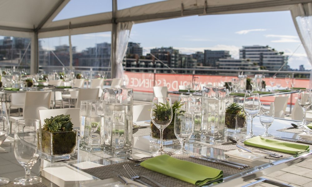 SCIENCE WORLD GREEN ROOF - LOCATION: VANCOUVERRECEPTION: 225 | DINING: 185