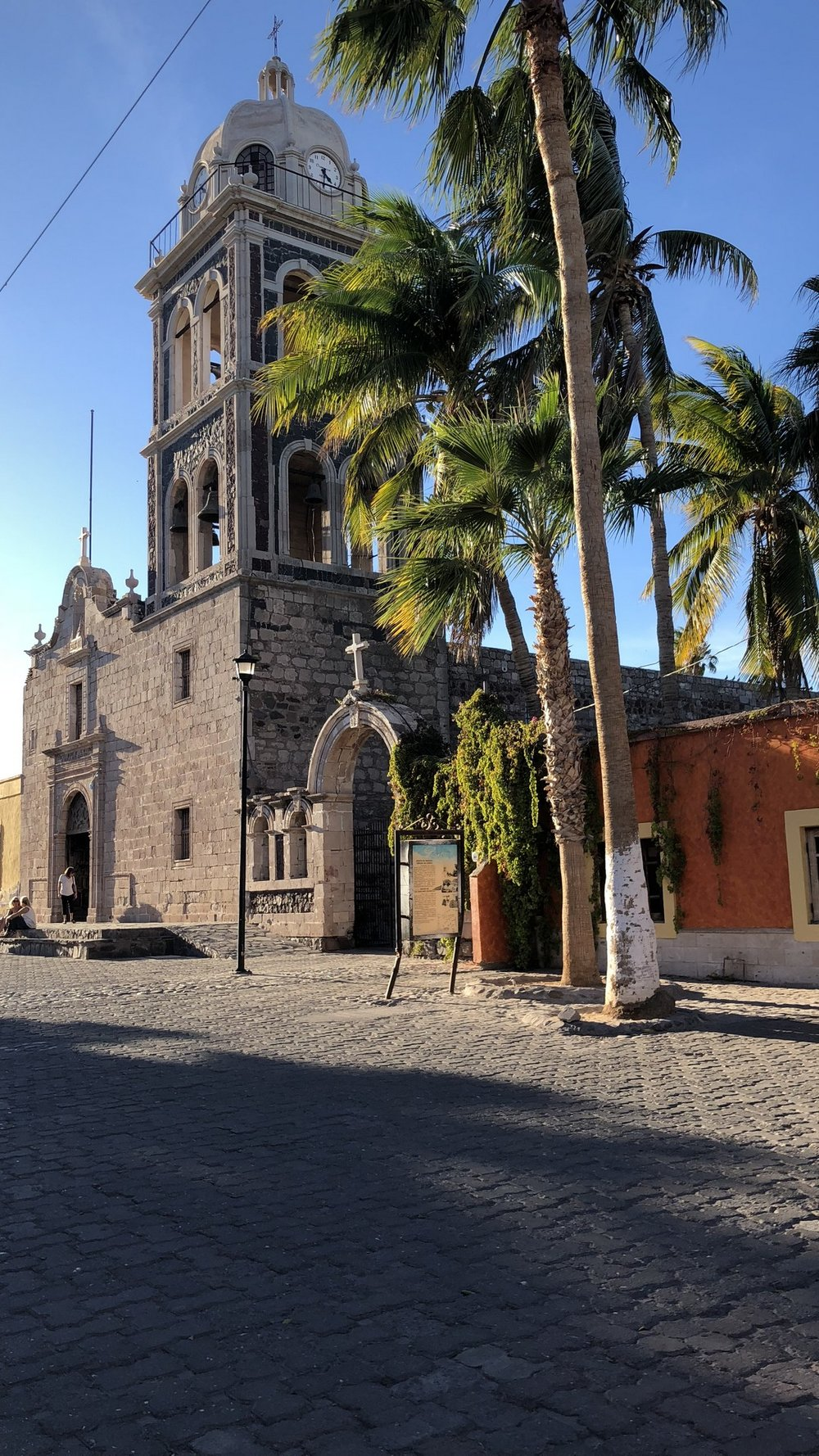 Among the City of Loreto's many colonial buildings is the historic Mision de Nuestra Senora de Loreto Concho, a 17th-century church (est. 1697).