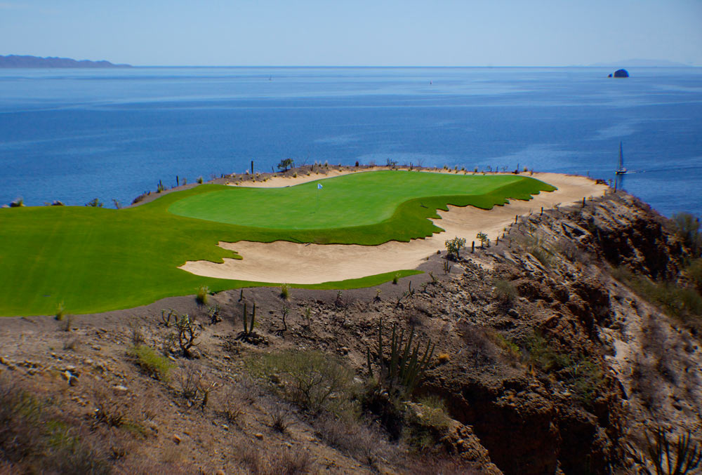danzante-bay-mexico-signature-hole.jpg
