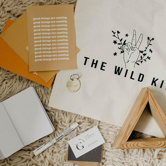 It's totally normal to be jealous of the giftbags that went home with our #thewildkin attendees right?? We just needed to shout out our giftbag sponsors one more time, because we are so so grateful to have had each and every one of them a part of our first ever workshop! Tap the image to see all those who helped to spoil our attendees!