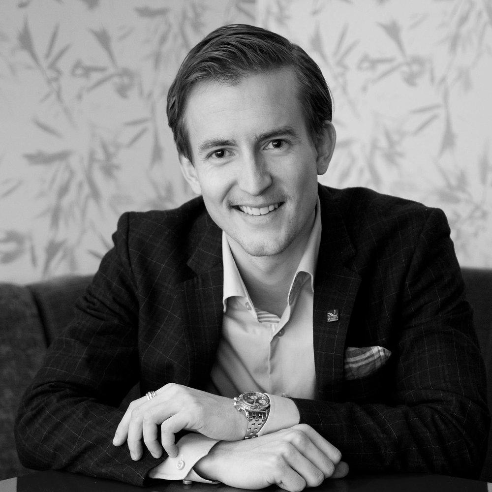 Ådne Skurdal   Viseadministrerende direktør/Dep CEO Epost: adne.skurdal@choice.no Mobil: +47 980 99 475