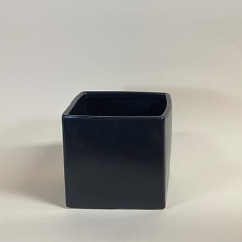 Ceramic_Black_Cube.jpg