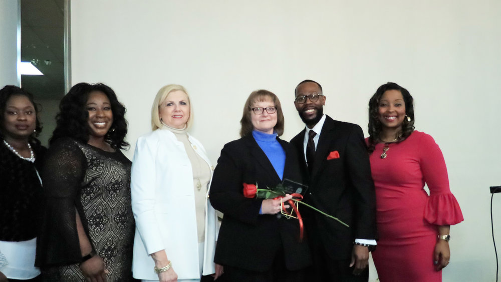 Chiquita Yarber, Ty Ross, Beth Pesek, Kristie Wright, Dr. Brian Matthews and Tara Chambers-Givans