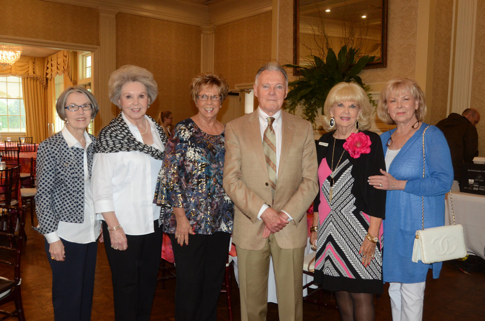 Suellen Tate, Anne Schnipper, Carol Willige, Dr. Lanny Chasteen, Pollyann Powers and Pat Nance