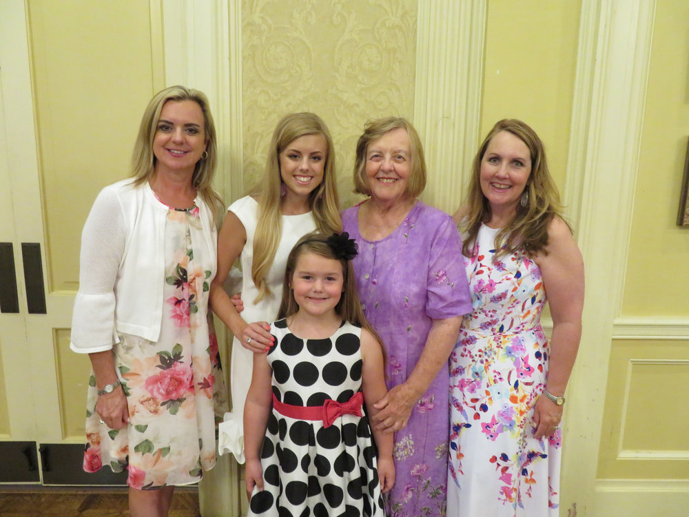 Mary Beth Womack, Ellen Womack, Rebecca Unger, Ellen Unger and Jennifer Unger