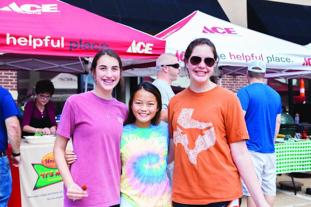 Kendall Johnson, Sarah Johnson and Gracie Carr