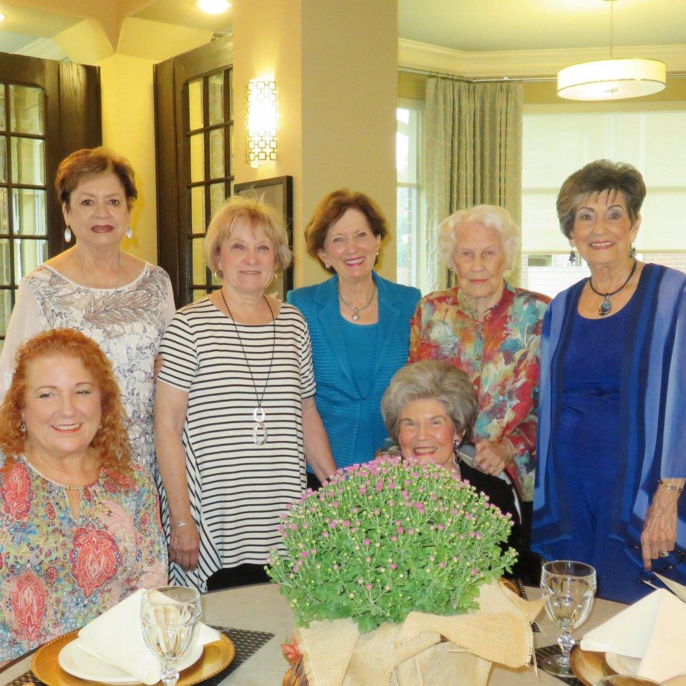 Rosemary White, Nancy Lee, Alice McMillan, Pat Thompson and Kay Mohundro