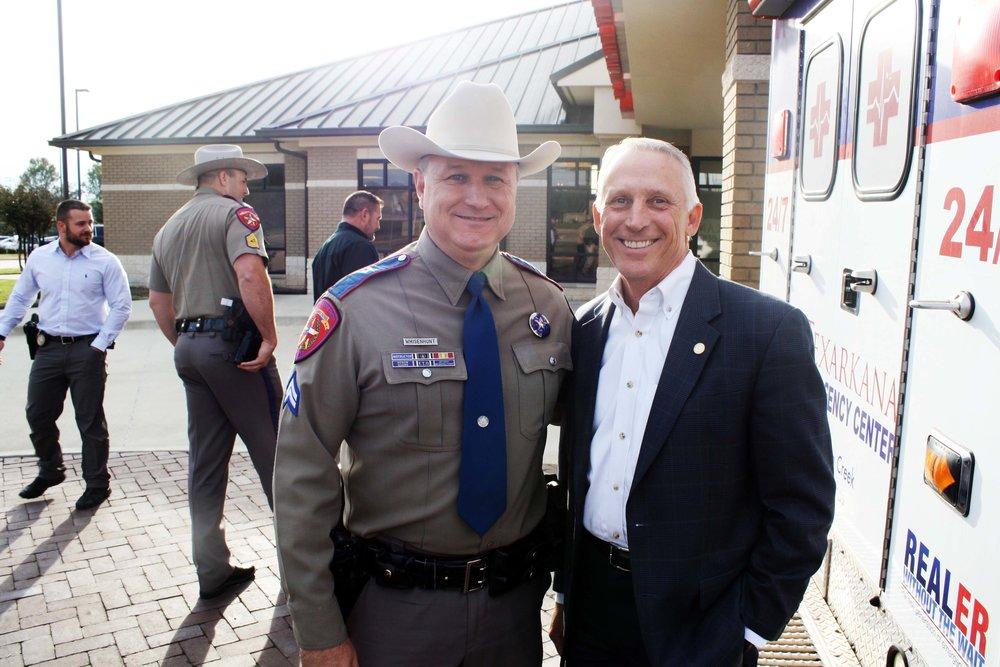 Trooper Monte Whisenhunt and Rep. Gary VanDeaver