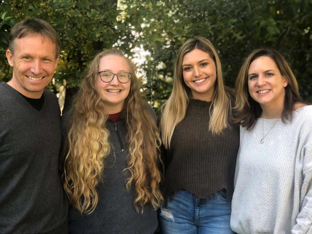 After his health scare last year, Billy and his daughters, Rylie and Savannah (both students at University of Arkansas), and wife, Michelle, had lots to be thankful for this past Thanksgiving.