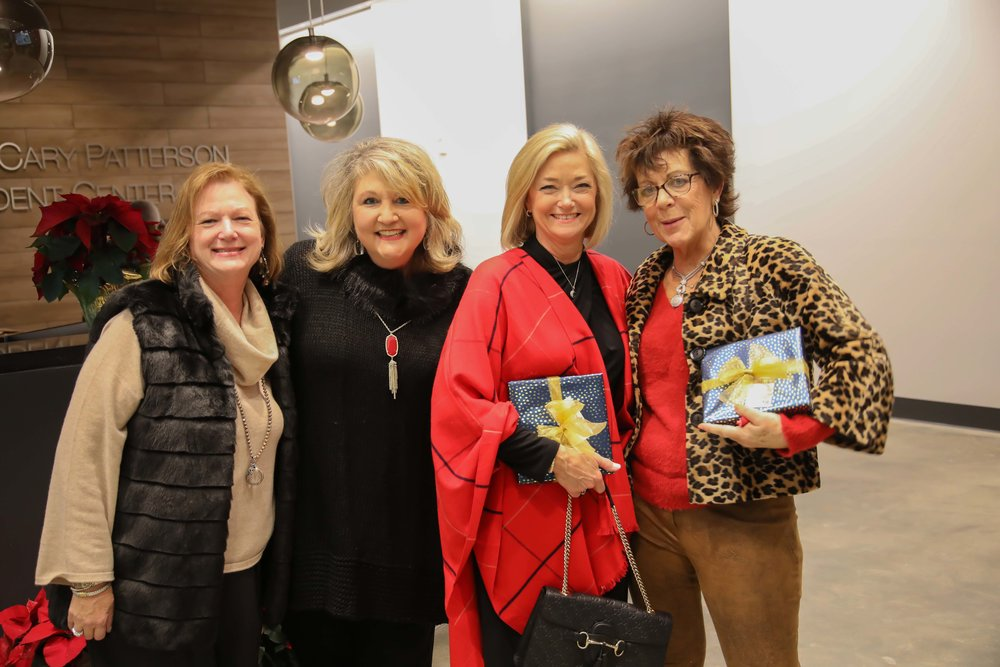 Lee Ann McCulloch, LeAnne Wright, Sara Weber and Mel Walsh