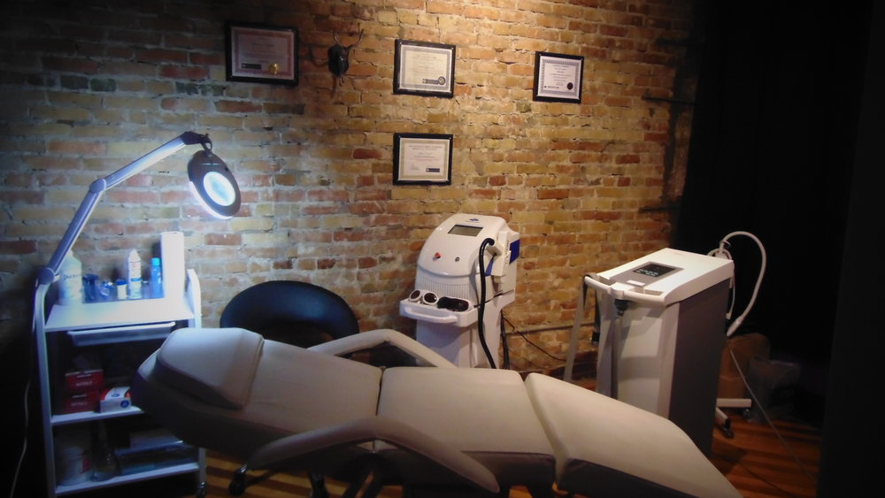 LASER TATTOO REMOVAL - FAQ, and What to expect
