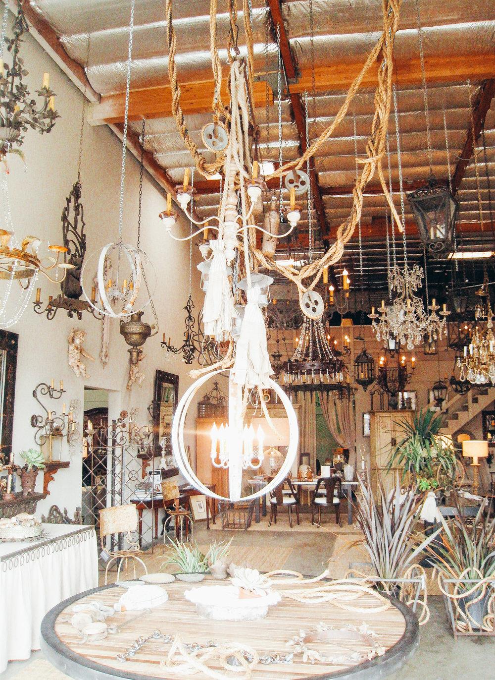 chandelier-fine-lighting-furnish-9240-2.jpg