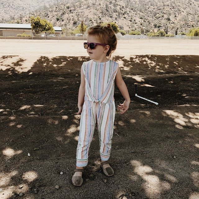 Oh the sass || happy Sunday 💗 . . . . . . . . . . #littleeloiserose #ig_motherhood #motherhoodthroughinstagram #motherhoodrising #toddlerfashion #findyouradventure