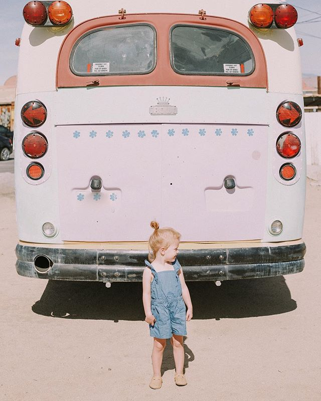 Wishing we were traveling in this bus today—✌🏼out desert. I'm going to miss this place I've called home for 3 years so so much. If you want to follow along with our trip to WA, check in on my stories!