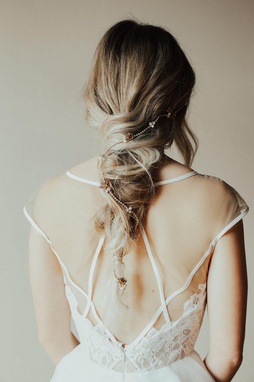 Style a Bridal vine headpiece