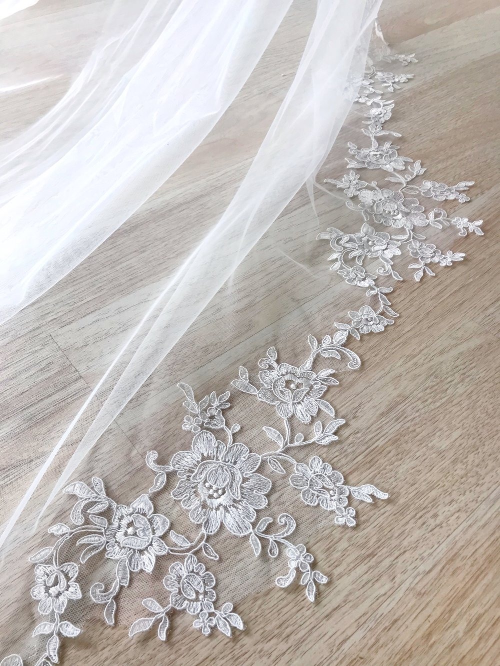 Ambrosia Veil   Details- Circle cut with lace border all the way around  Cathedral only $448