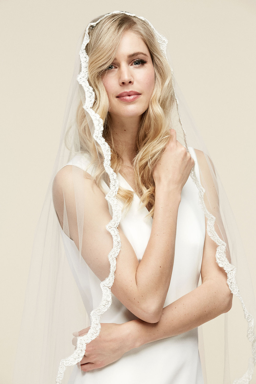 Esmerelda Veil   Details: 1inch scalloped French Alencon lace detailed veil  Cathedral $908 - Fingertip $708 - Floor $828