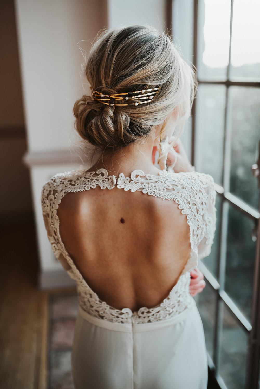 keyhole back dress