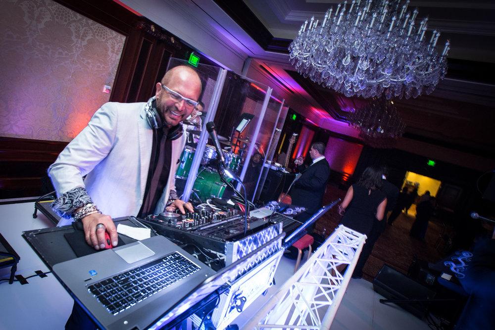 DJ_DJ or Band Post_Inside Wedding.jpg
