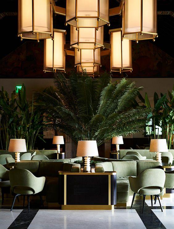 Restaurant_lighting and booths.jpg