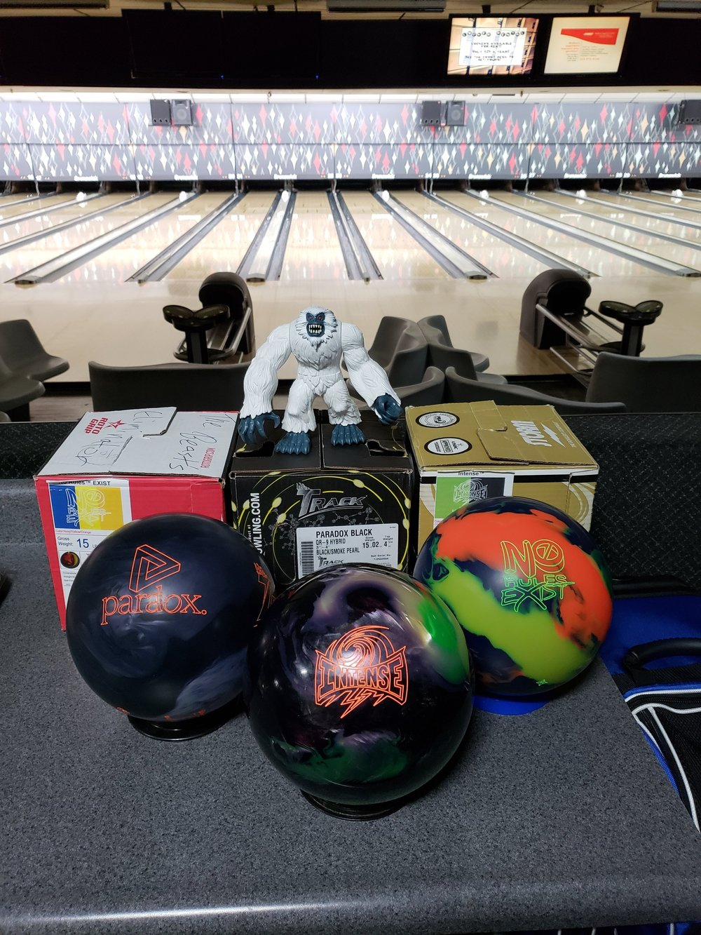 Past Beat The Beast Match Videos The Beast S Eliminator Bowling