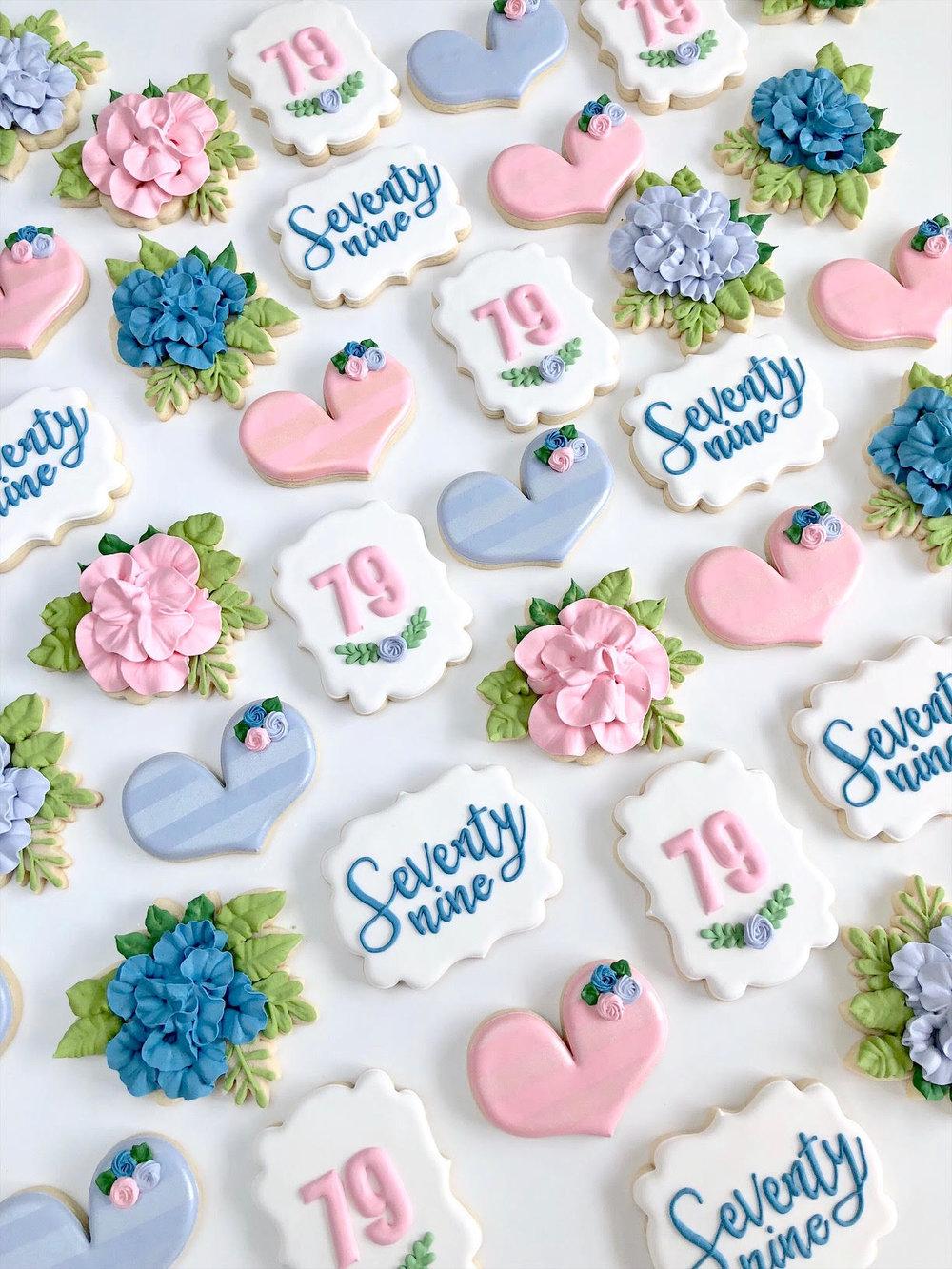 flower sugar cookies 2.jpg