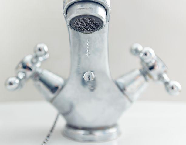 dripping-bathroom-faucet.jpeg