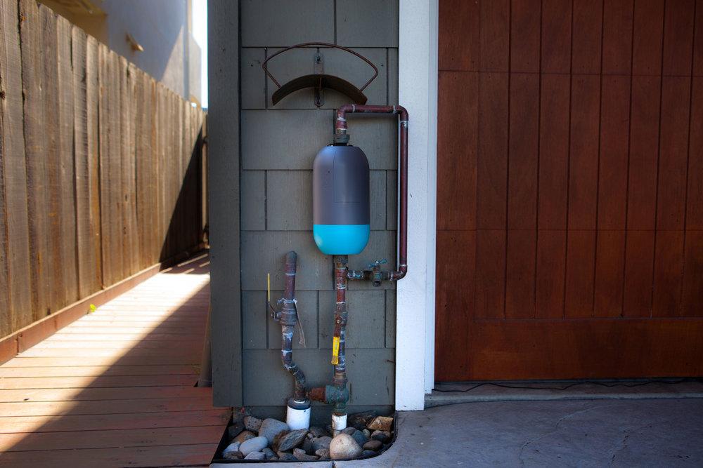 Buoy-M5-vertical-install-cc-FB-0310a.jpg
