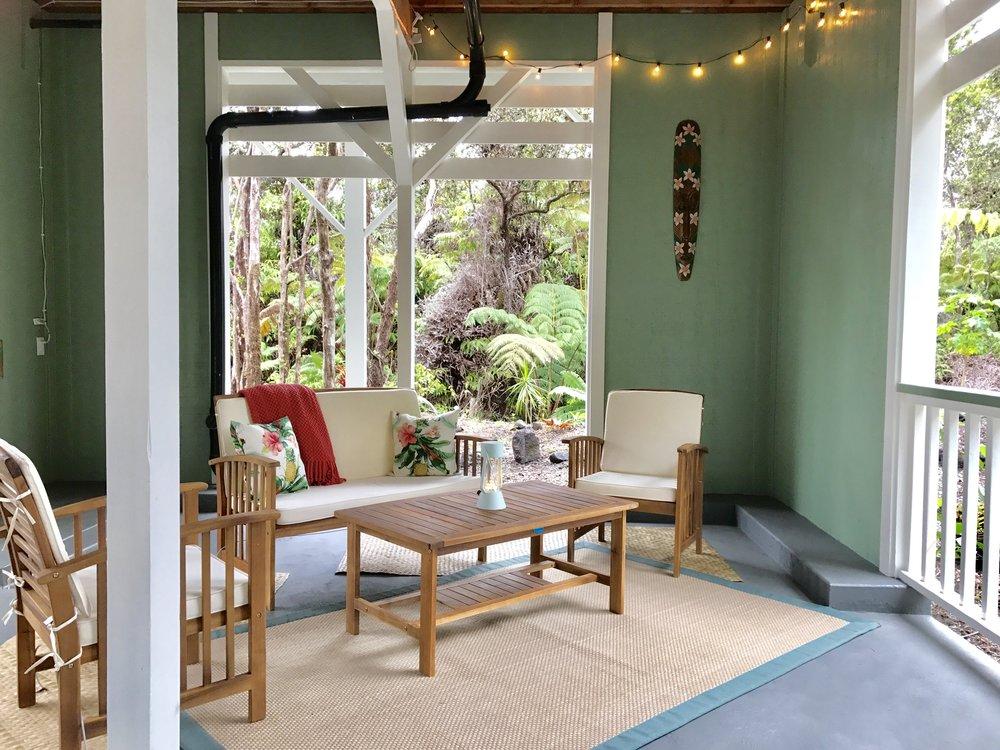 hawaiian-tree-cottage-15.jpg