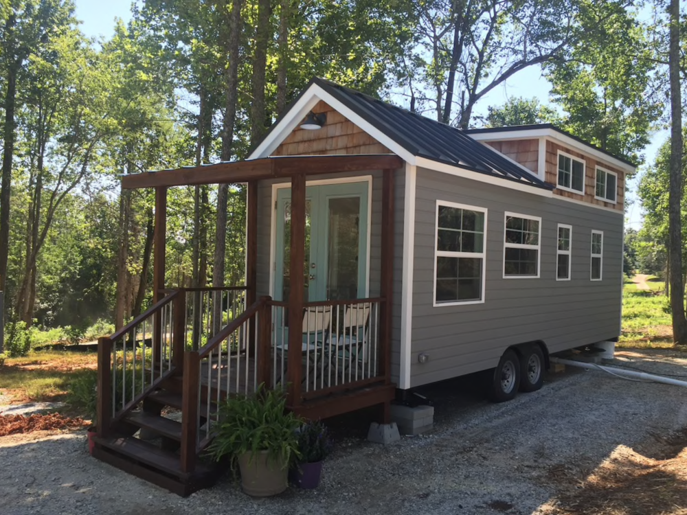 greer-airbnb-tiny-house-1.png