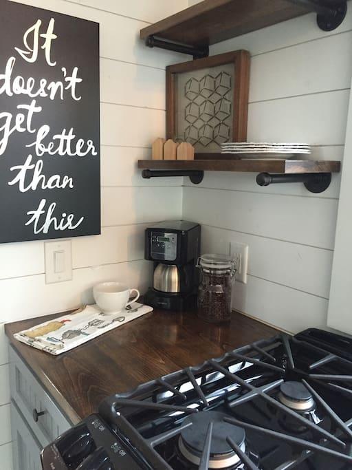 greer-airbnb-tiny-house-8.jpg