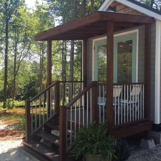 greer-airbnb-tiny-house-14.jpg