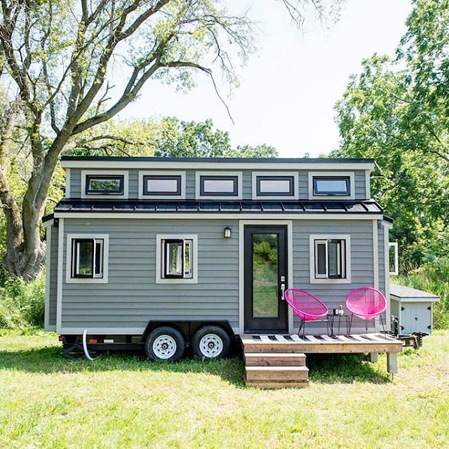 The Pomp Outpost: a beautiful tiny house on a vineyard in Prince Edward County. A perfect weekend getaway for couples!  More details and photos are available on the blog- link in profile! . . . #tinyhouse #tinyhome #pec #princeedwardcounty #ontario #travelontario #airbnb #travel
