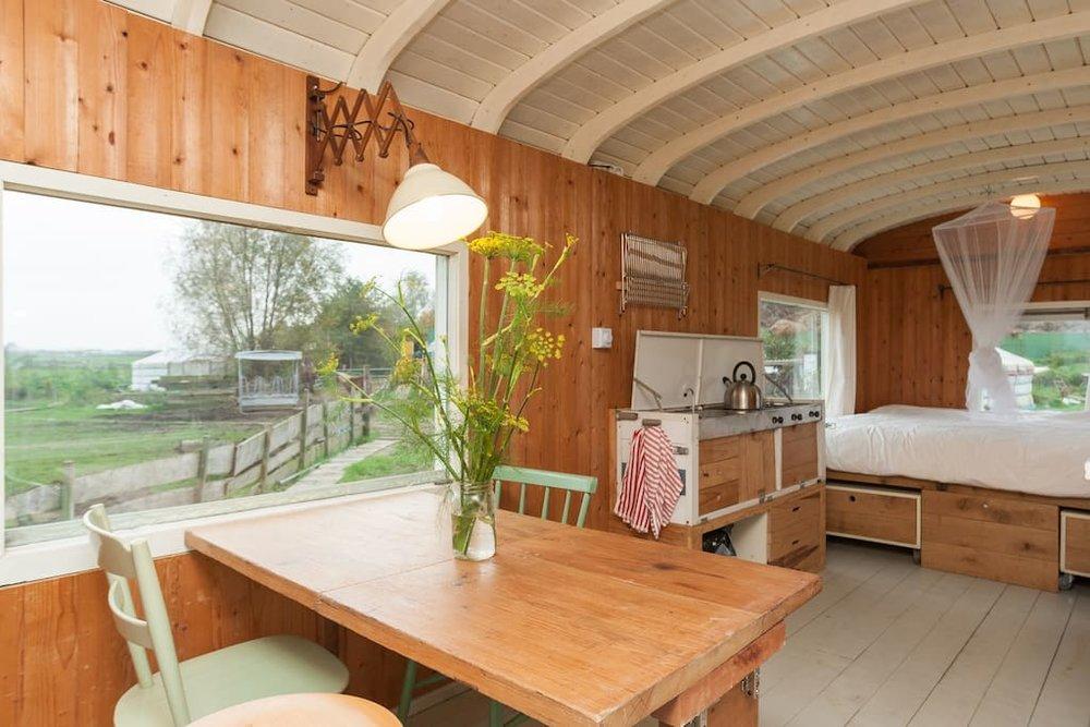 dutch-caravan-tiny-house-10.jpg