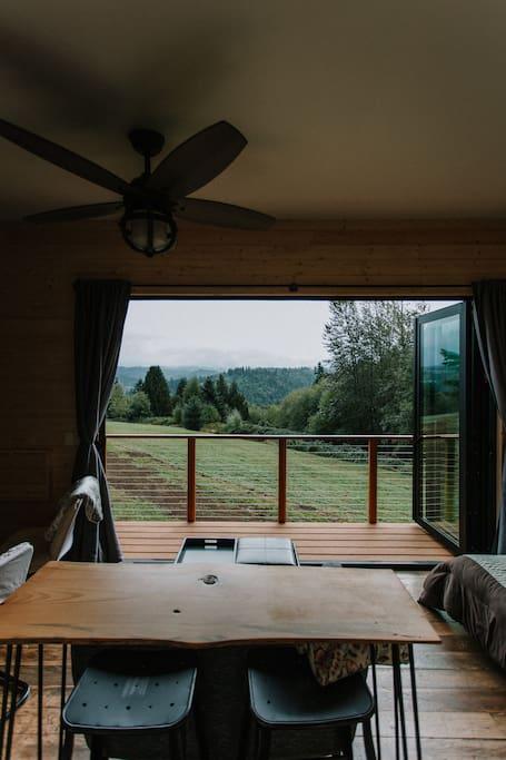 mt-hood-view-cabin-12.jpg