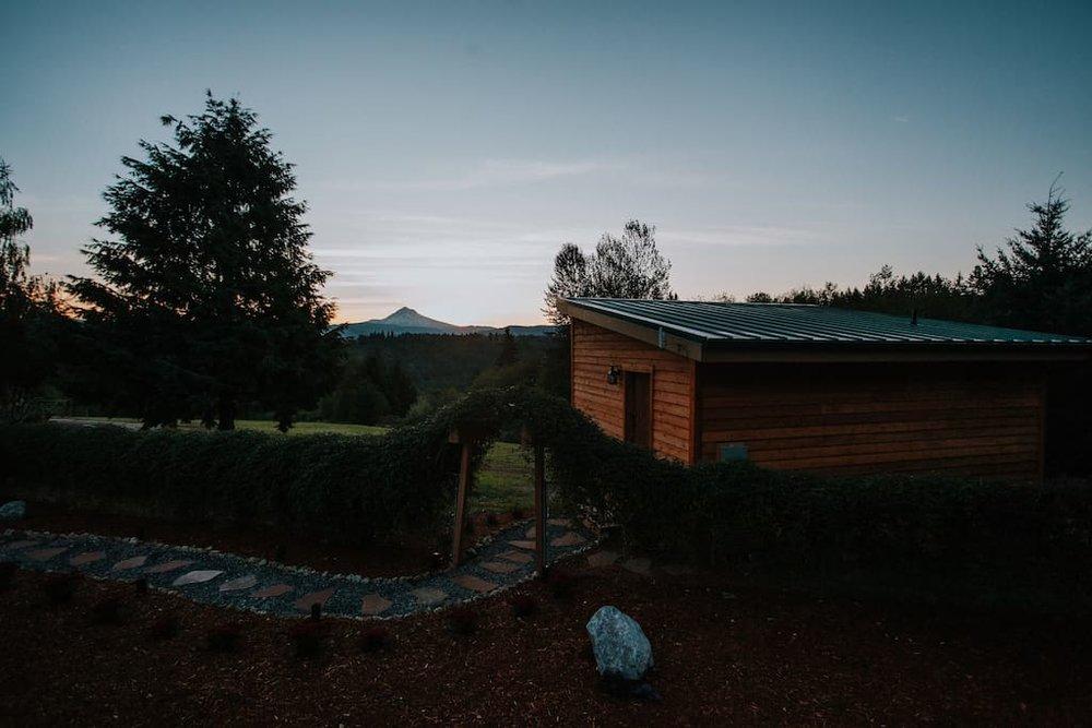 mt-hood-view-cabin-18.jpg