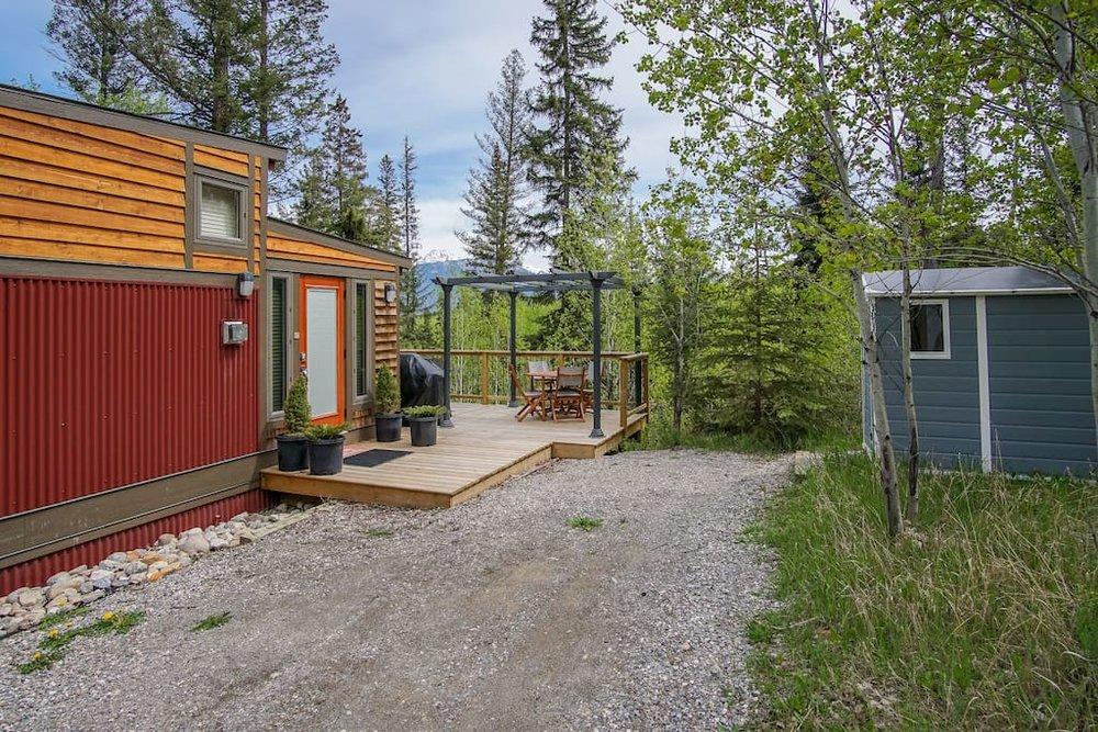 creekside-acreage-tiny-house-13.jpg