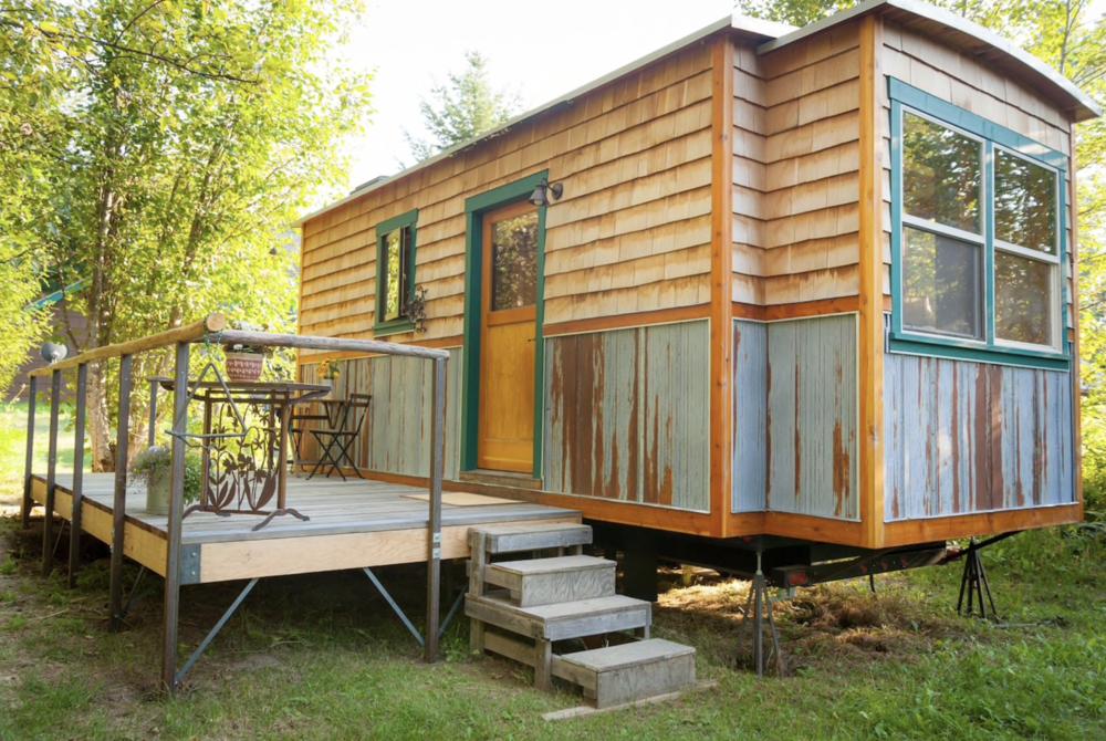 garden-caravan-tiny-house.png