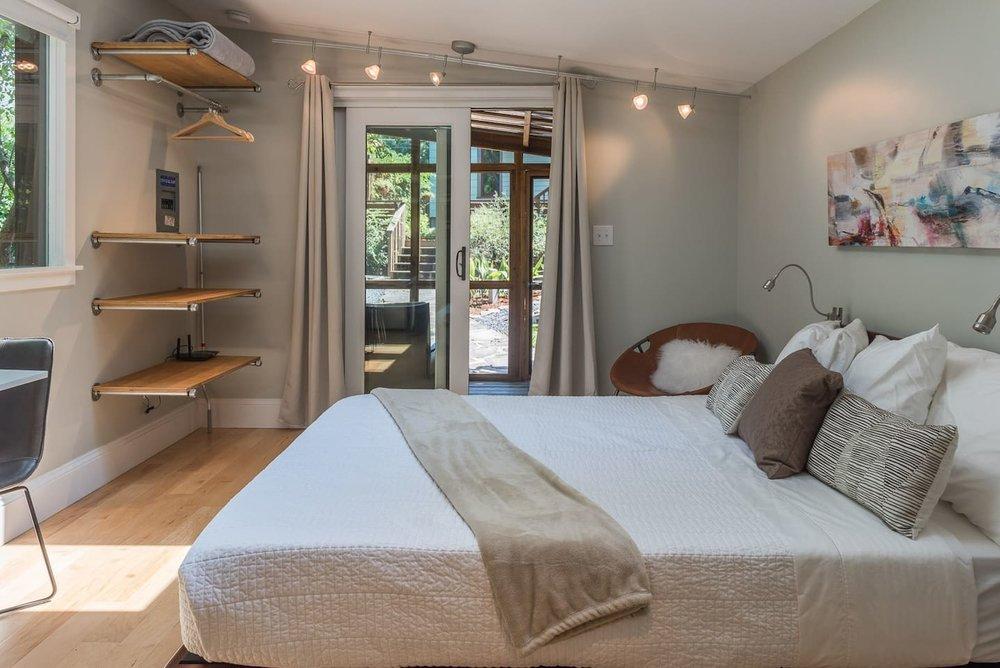 urban-cottage-airbnb-4.jpg