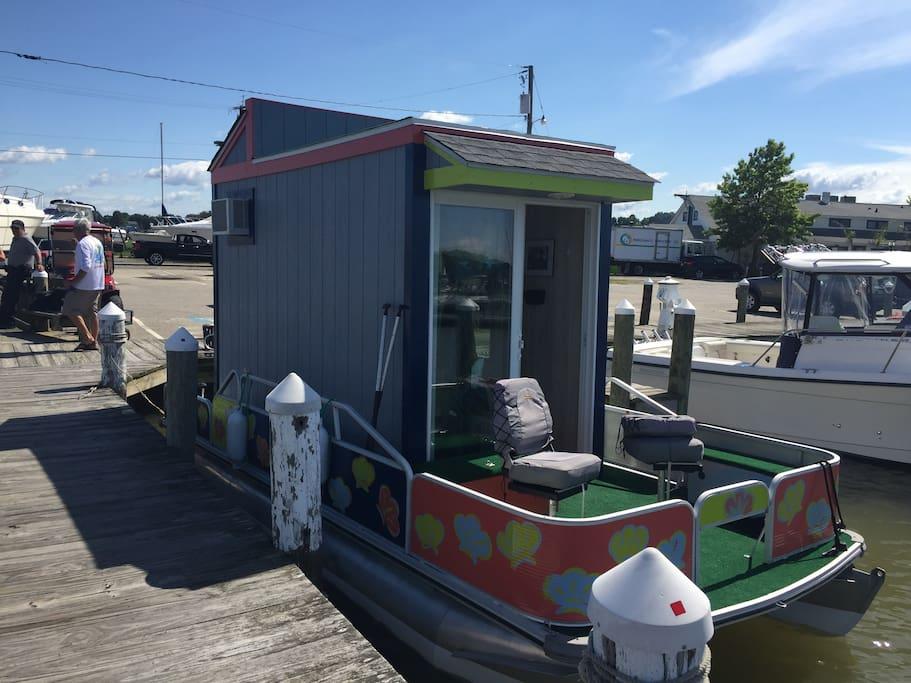otter-house-houseboat-7.jpg